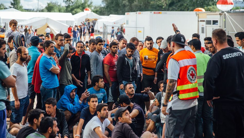 """Aufnahmelager (in Dresden): """"Kein Rückzugsort, keine Privatsphäre"""""""
