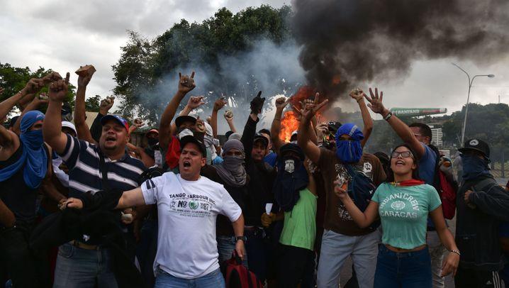 Politische Unruhen in Venezuela: Adiós, Maduro!