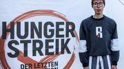 Junge Aktivistin beendet nach Zusammenbruch ihren Hungerstreik