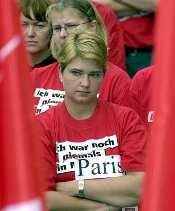 Rettung vom Staat: MobilCom-Beschäftigte bei einer Demonstration am vergangenen Donnerstag