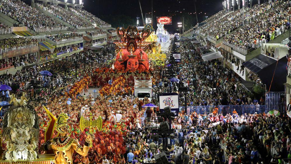 Karneval in Rio: Wetttanzen am Zuckerhut