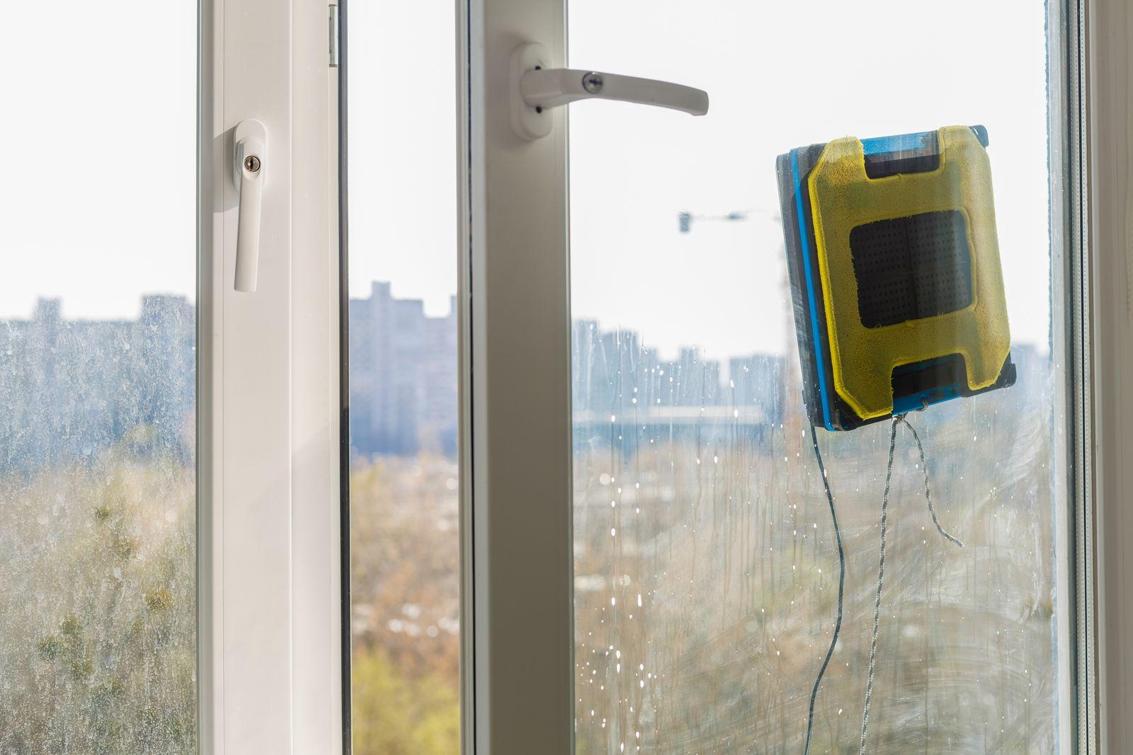 EINMALIGE VERWENDUNG Fensterputzroboter