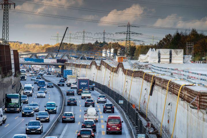 """Bau des """"Stellinger Deckels"""" bei Hamburg"""
