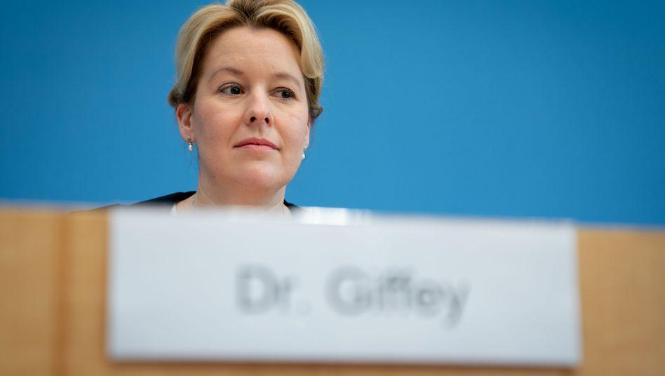 """Franziska Giffey im November: """"Arbeit nach bestem Wissen und Gewissen verfasst"""""""