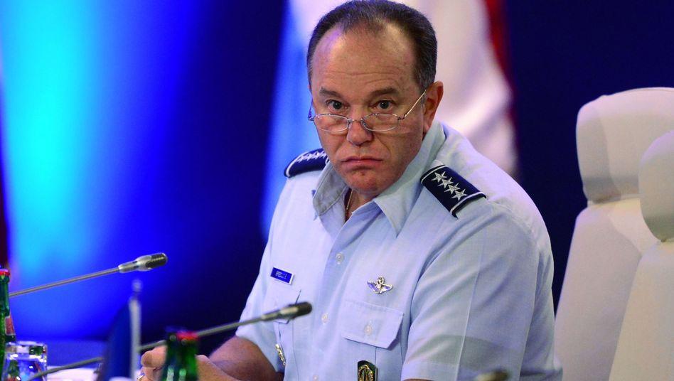 """Nato-Oberkommandierender Breedlove: """"Gefährliche Propaganda"""""""