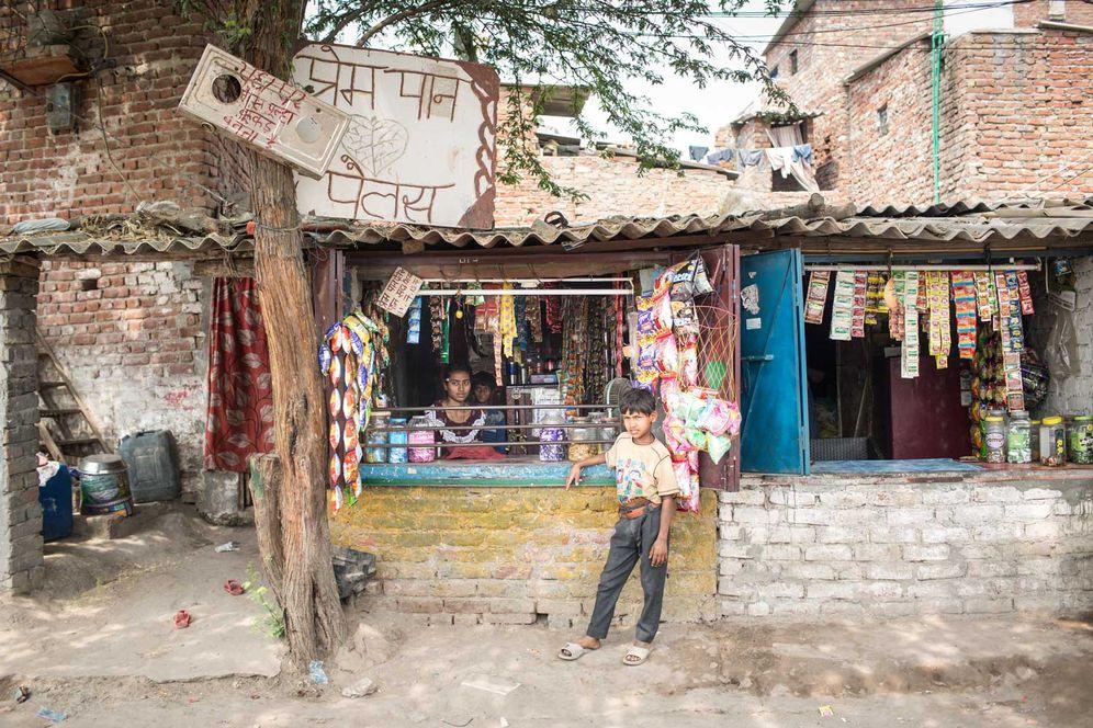 Der Grocery Shop von Prem Shah: Bunte Tüten und Tabak