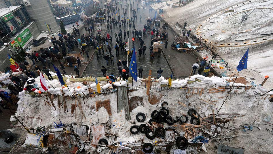 Barrikaden in Kiew: Konflikt zwischen Regierung und Demonstranten bleibt ungelöst