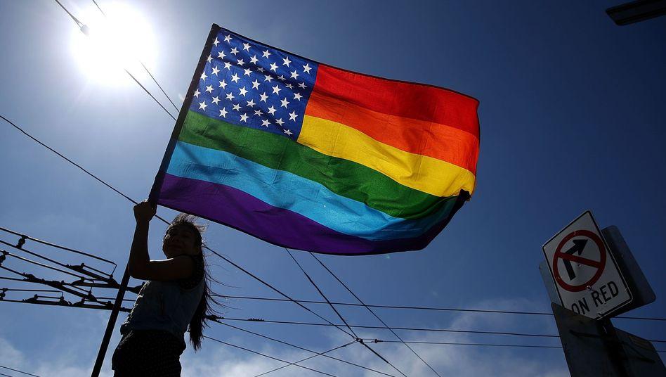 Regenbogenfahne in den USA: Demokratie pur, Amerika in Hochform!