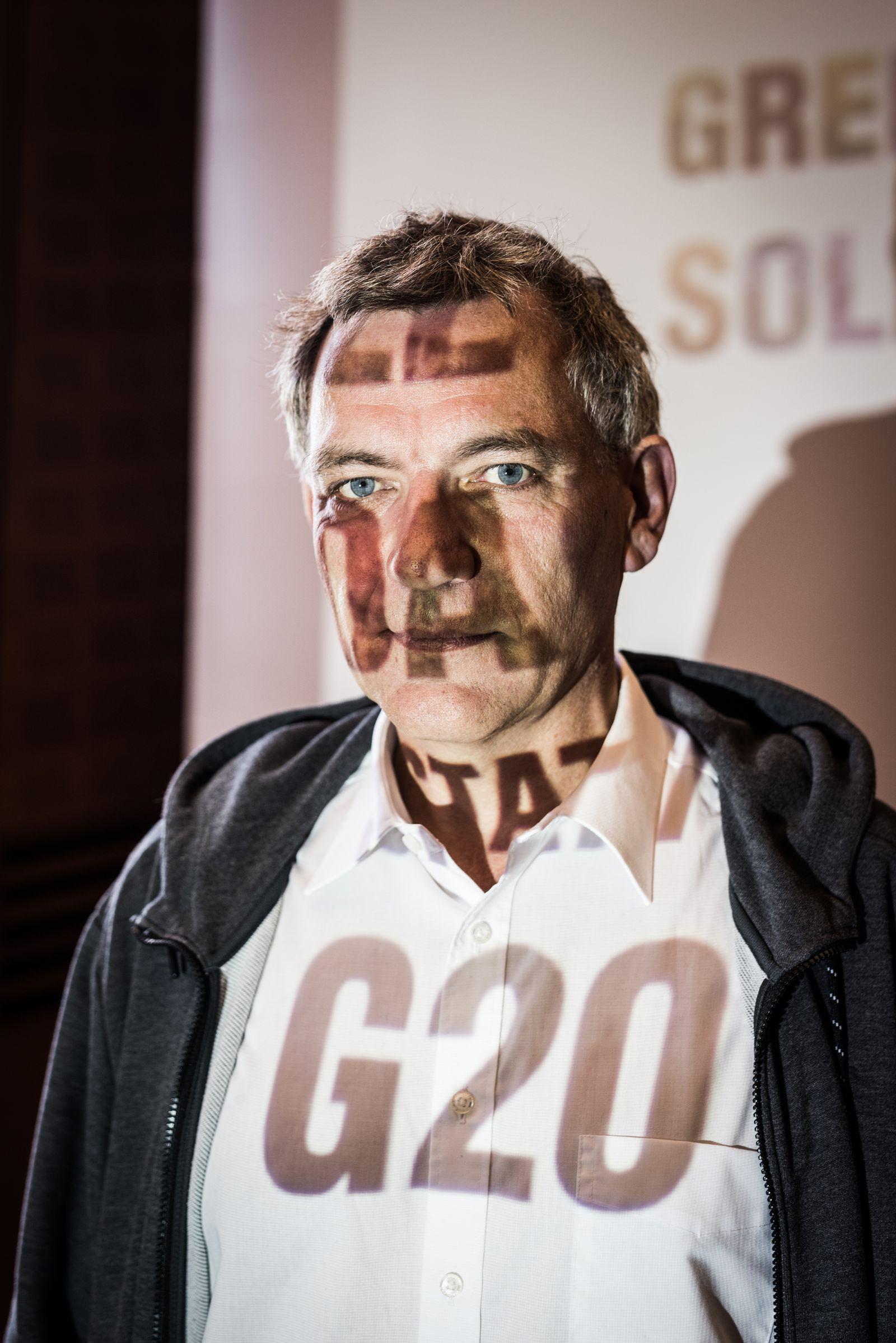 EINMALIGE VERWENDUNG EINMALIGE VERWENDUNG NUR FÜR SPIEGEL Plus SP 26/2017 S.52 G20-Protest / von Aken