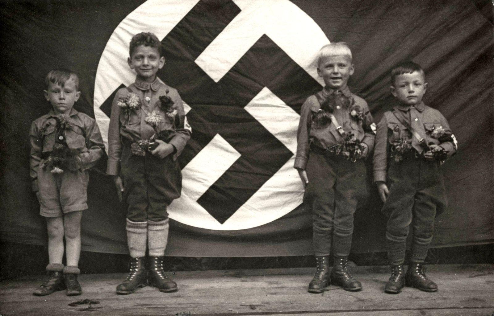Jan 3 2015 Four Boys Hitler Youth Germany circa 1935 PUBLICATIONxINxGERxSUIxAUTxONLY ZUMAg1