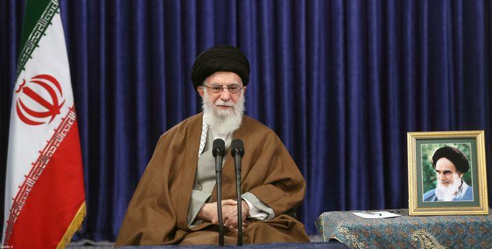 Verbreitete Verschwörungstheorien: Irans Ajatollah Khamenei