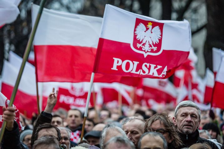 PiS-Anhänger in Warschau