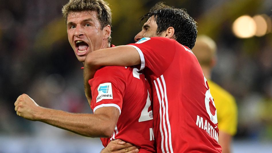 Bayernstars Thomas Müller, Xavi Martinez