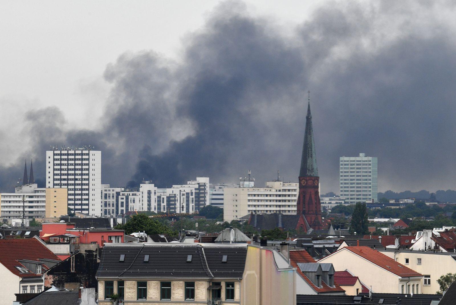 Freitag/ G20 / Hamburg/ rauchschwade