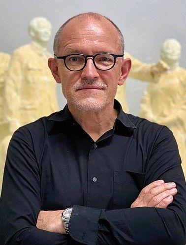 DER SPIEGEL correspondent Bernhard Zand