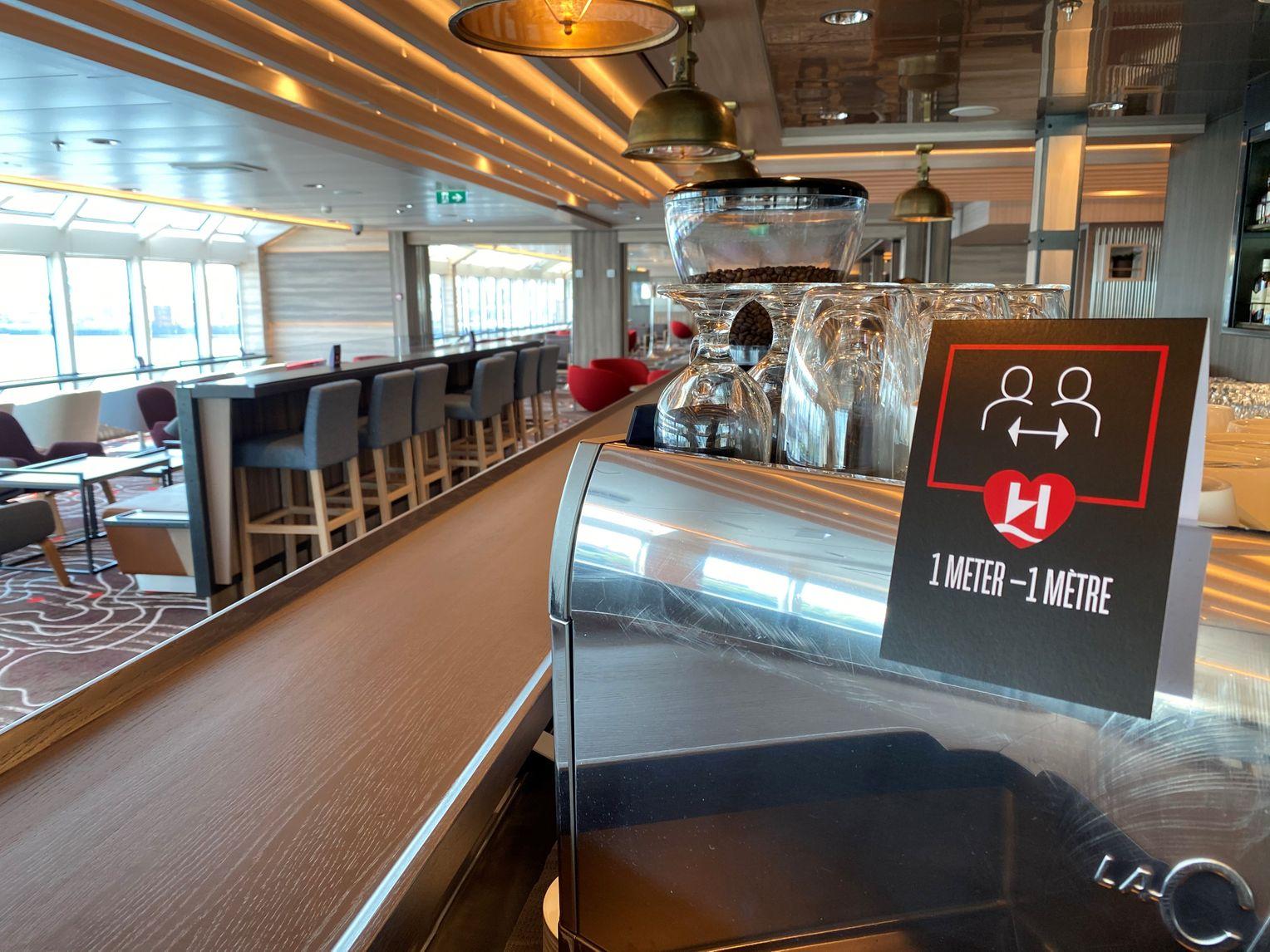 Abstandsregel an Bord der MS Fridtjof Nansen
