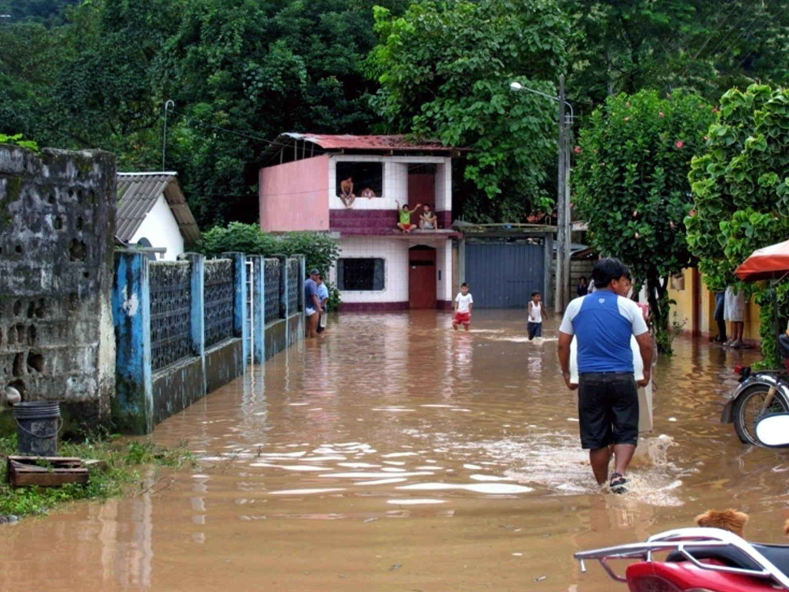 überschwemmungen peru