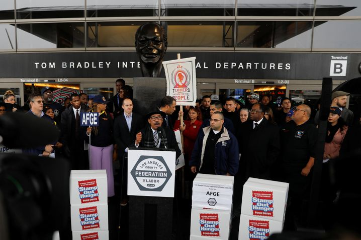 Shutdown-Protest am Flughafen Los Angeles