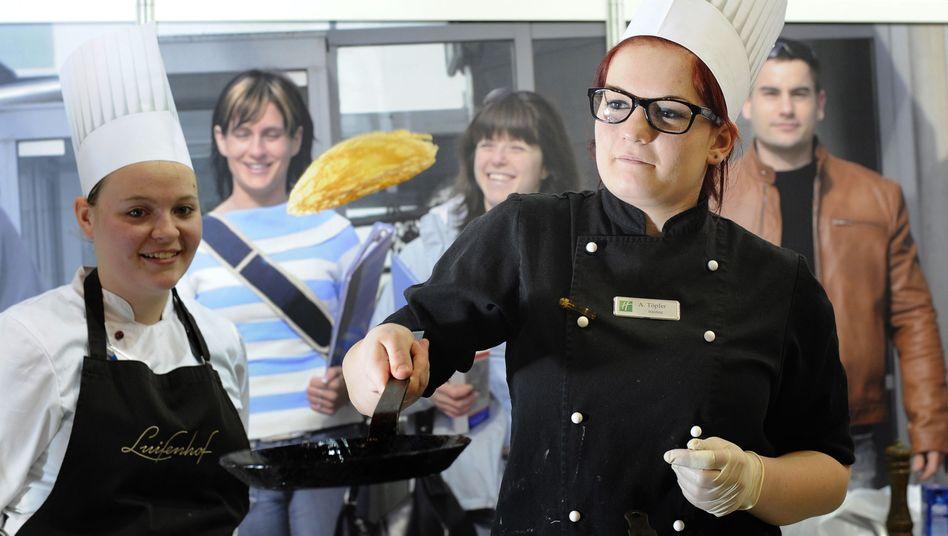 Koch-Azubis: Glücklich ist meist, wer eine Lehrstelle hat