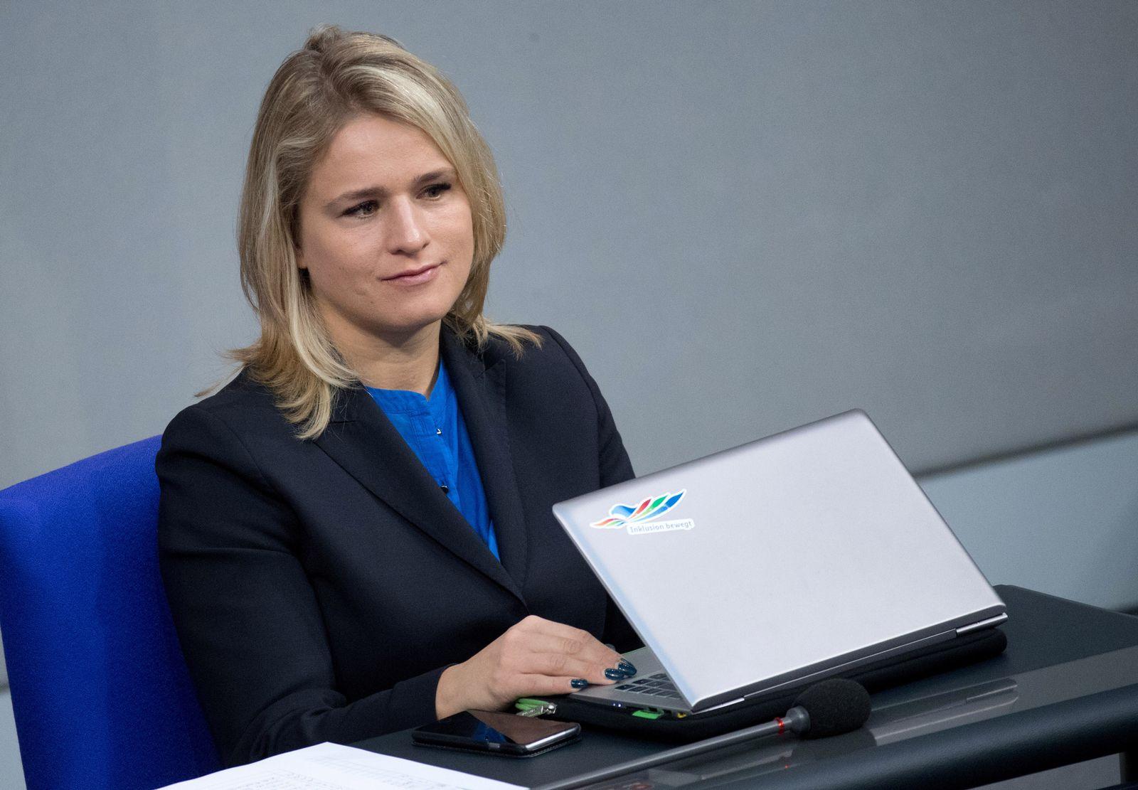 Verena Bentele/ Wahl des Bundespräsidenten/ Promis