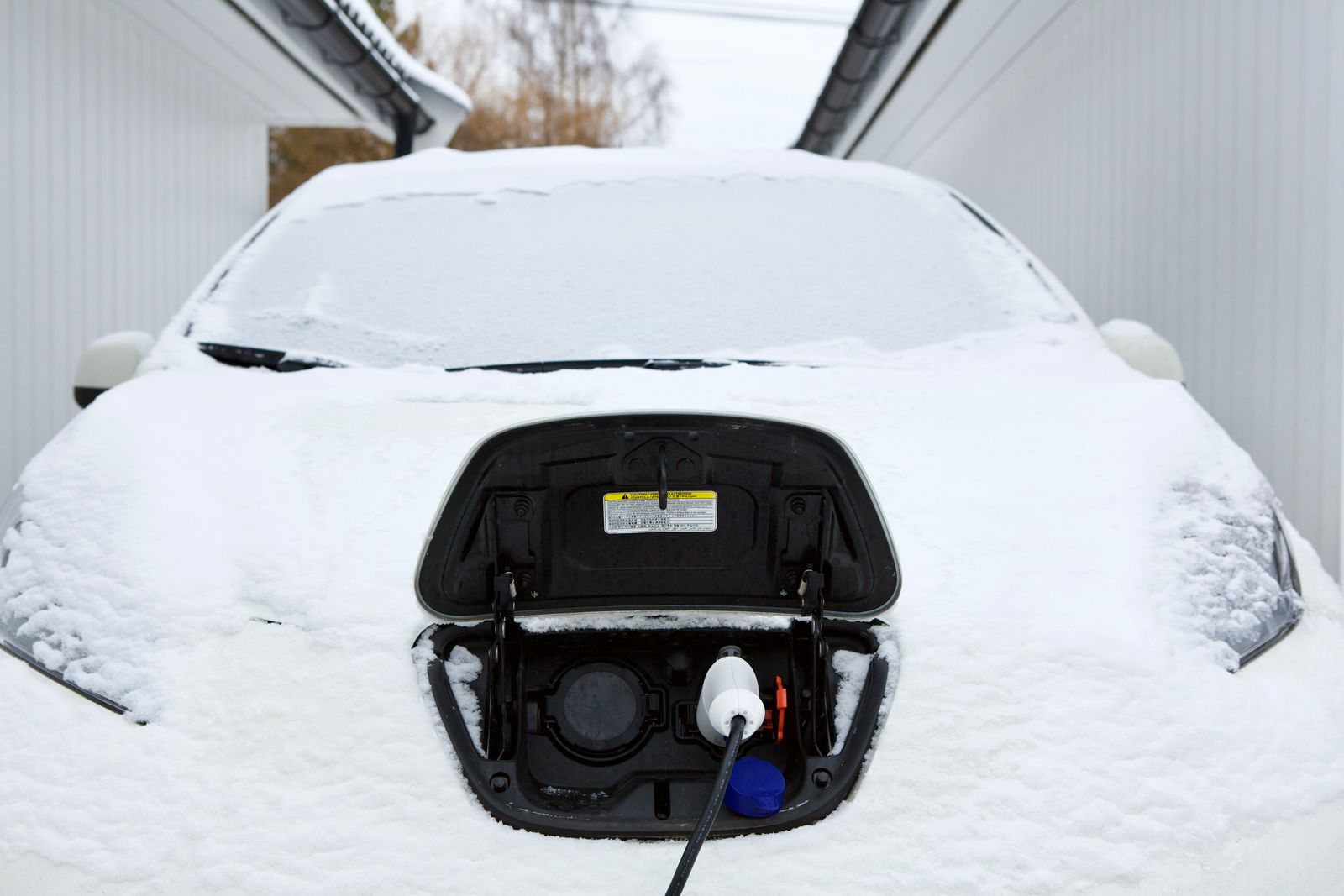 Electric car charging in winter
