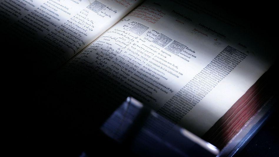 Buchscanner einer Universität: Digitalisieren weiter erlaubt