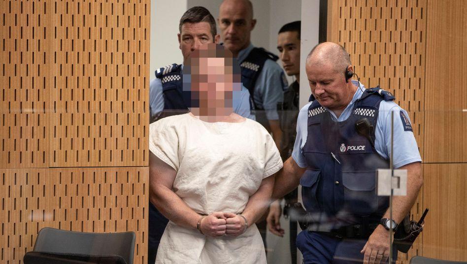 Der Attentäter von Christchurch am Freitag nach seiner Verhaftung