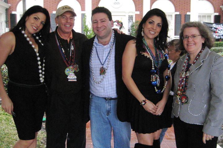 Kelley (2.v.r) mit Ehemann Scott (Mitte), Schwester Natalie und dem Ehepaar Petraeus