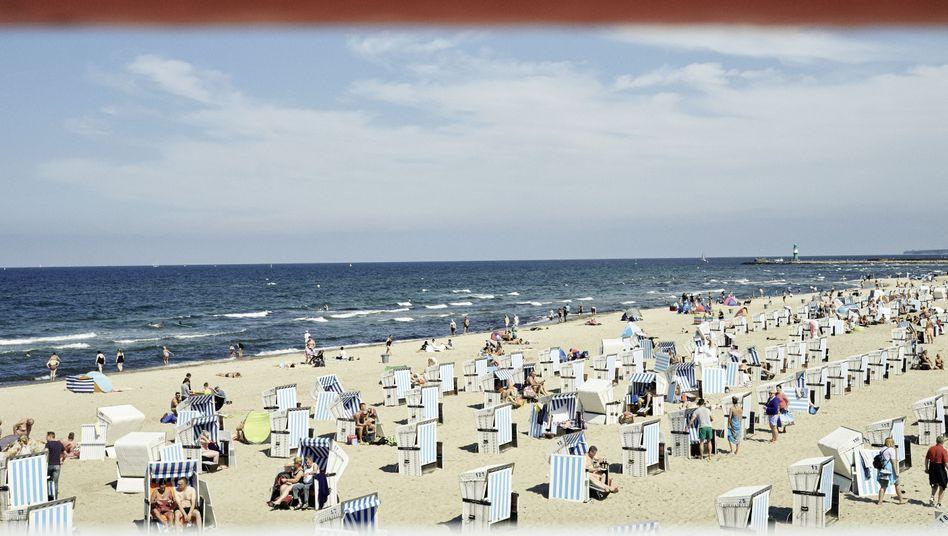 """Strandkorb-Urlauber in Warnemünde: """"Deine Heimat ist das Meer"""""""