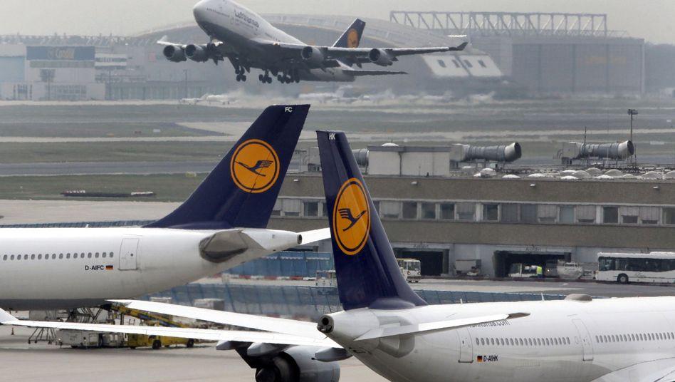 Absage von Lotsenstreik: Flugverkehr läuft reibungslos an