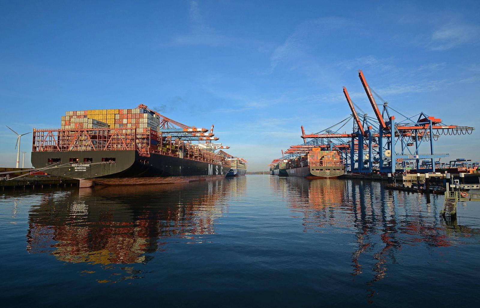 Containersschiffe, Container Terminal Burchardkai, Hamburger Hafen, Waltershof, Hamburg, Deutschland, Europa *** Contain