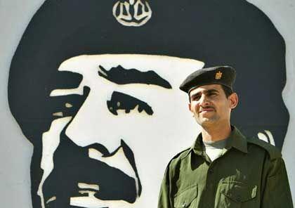 Keine Diktatur ist noch keine Demokratie: Reicht der Sturz eines Diktators für eine demokratische Kettenreaktion?