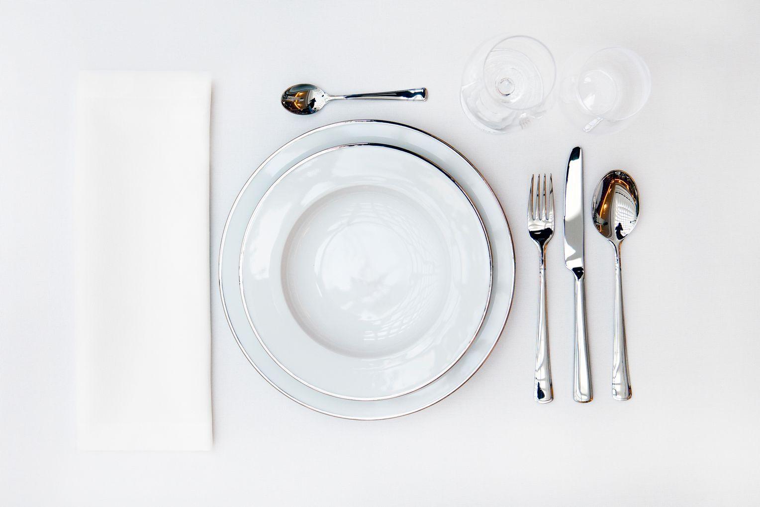 Tisch decken wie ein Profi: Festlich tafeln an Silvester