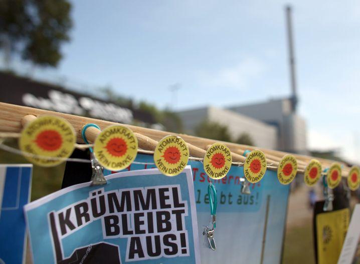 Protest vor AKW Krümmel: Ausreichende Sicherheitseigenschaften?