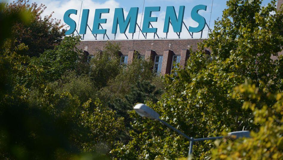 Siemens-Schriftzug: Wegen Geschäften mit Russland im Visier der NSA?