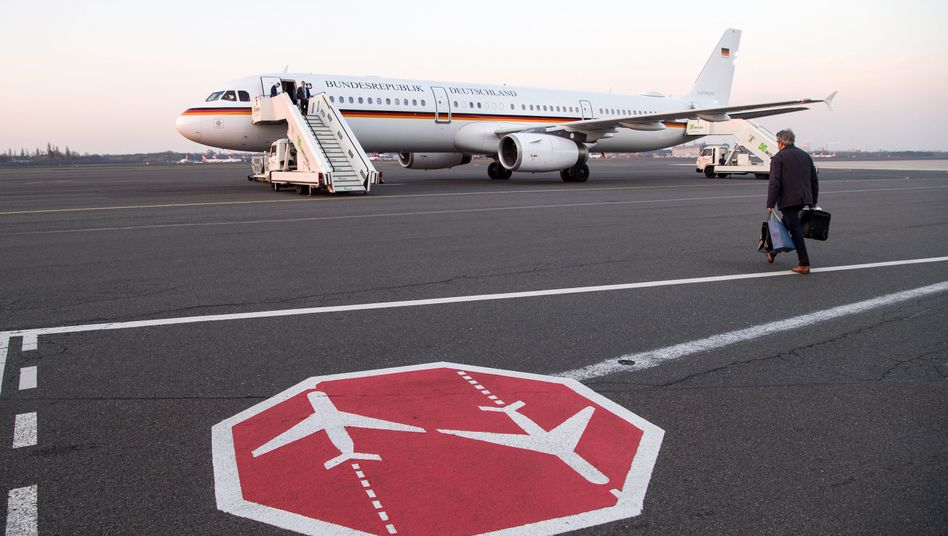Maschine der Flugbereitschaft in Berlin