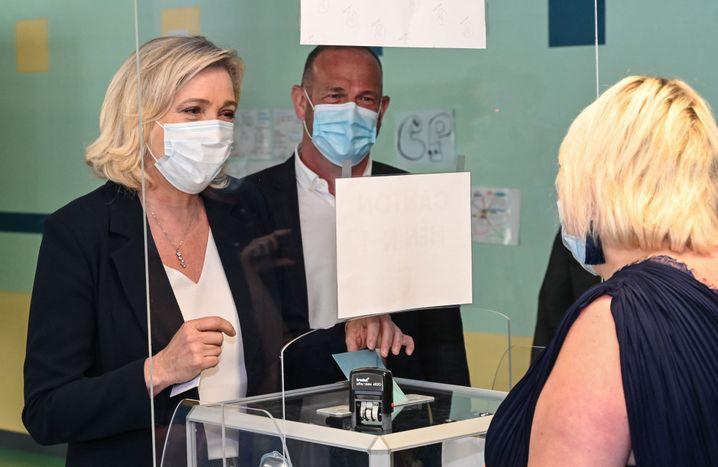 Rechtspopulistin Le Pen hofft auf einen Sieg bei den Regionalwahlen
