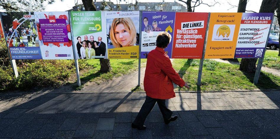Kommunalwahl-Plakate in Flensburg im Mai