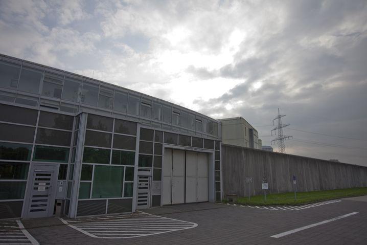 Justizvollzugsanstalt Gelsenkirchen: Massenschlägerei unter Häftlingen