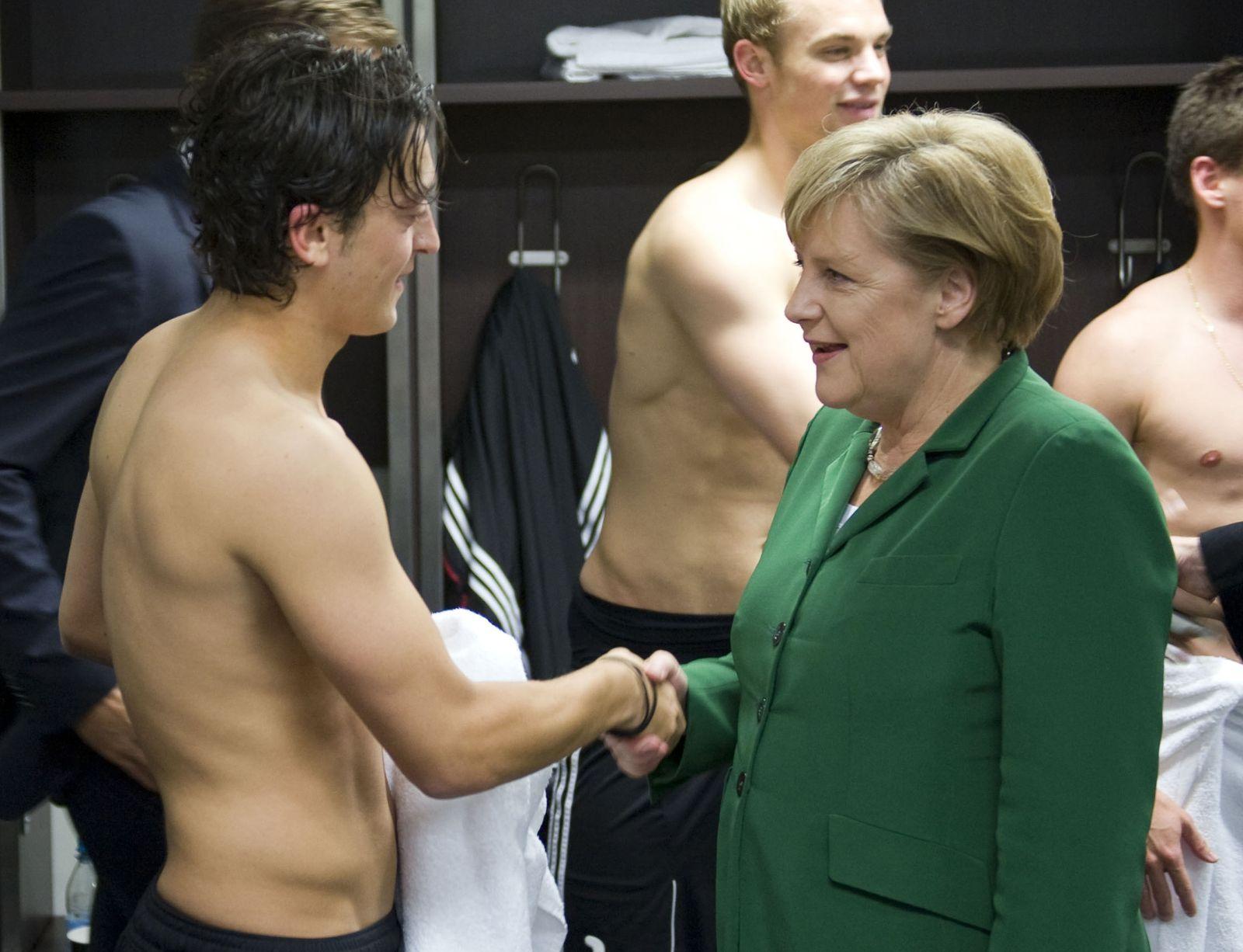 Merkel / Fussball / Reaktionen