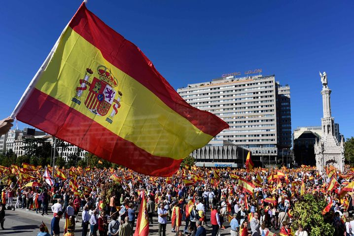 Demo gegen Unabhängigkeit Kataloniens in Madrid