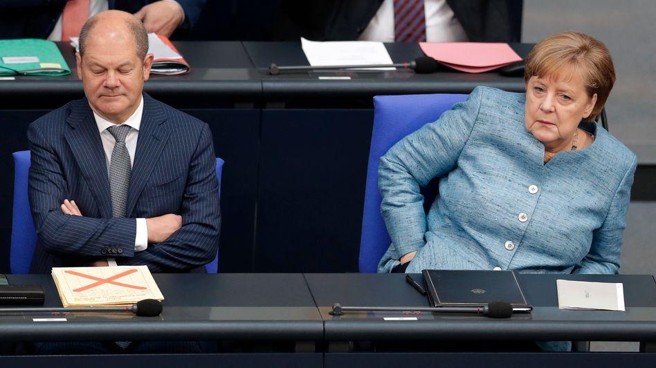 """Finanzminister Scholz, Kanzlerin Merkel: Auf Anfrage des Kanzleramts """"verschiedene Informationen zum Fall Wirecardweitergegeben"""" (Archivfoto)"""