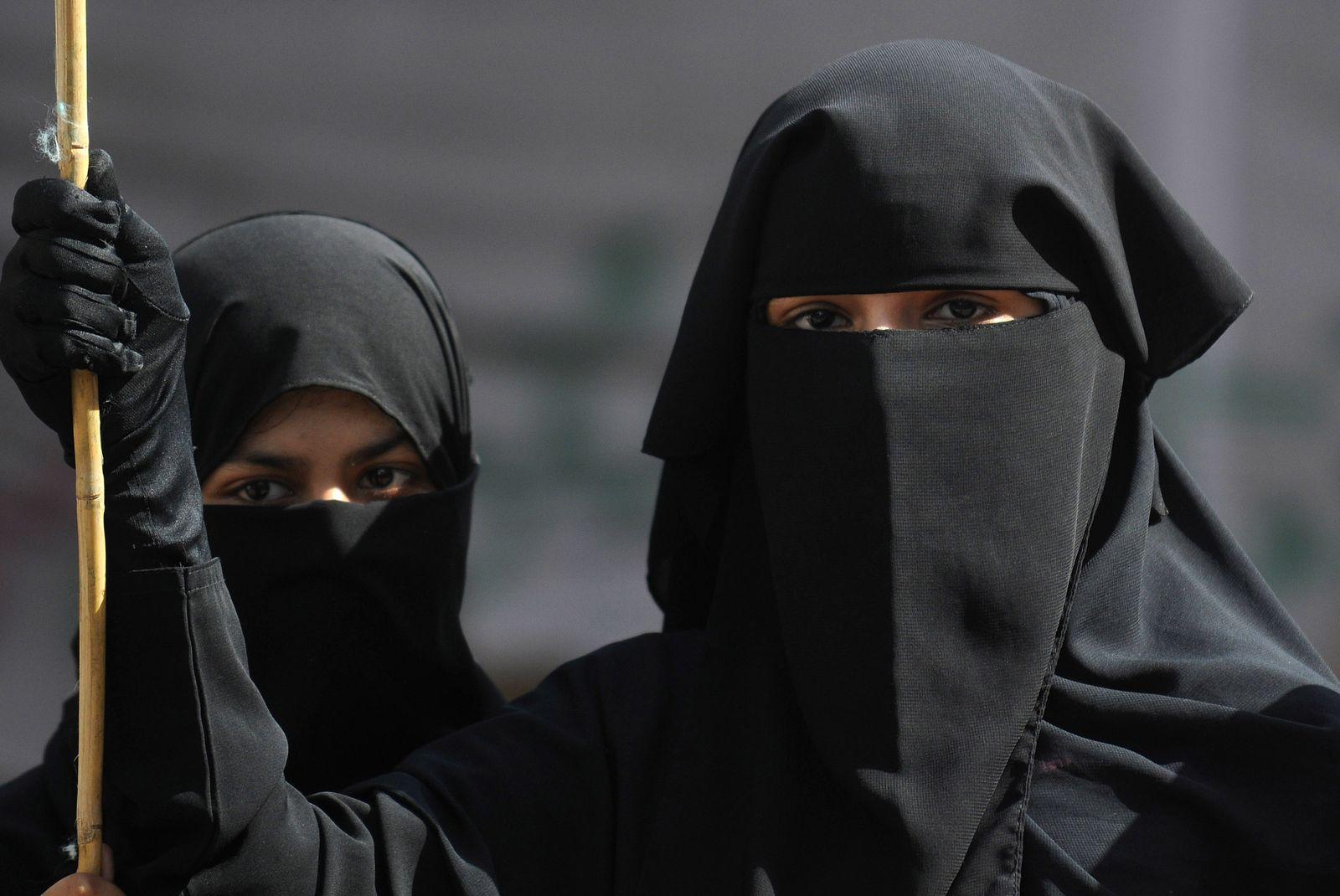 Pakistan/ Hidschab