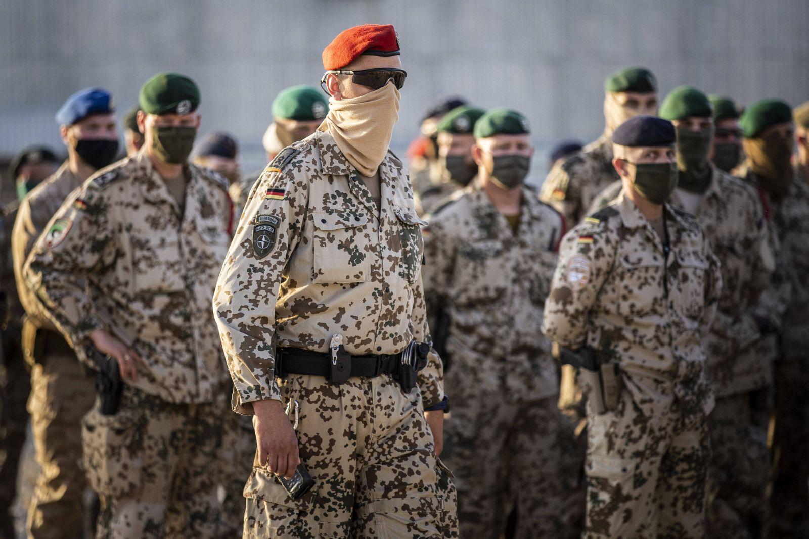 Soldaten im Camp Marmal in Masar-e Scharif, 29.04.2021. Masar-e Scharif Afghanistan *** Soldiers at Camp Marmal in Maza