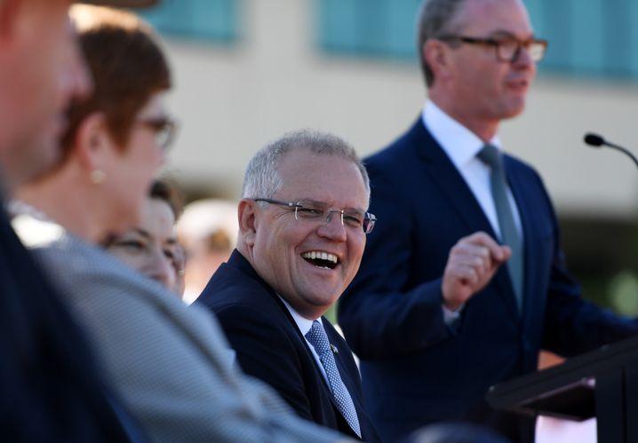Australiens Premierminister Scott Morrison bei der Unterzeichnung