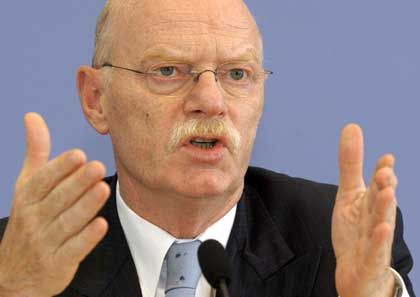 Struck: Minister soll Auskunft geben