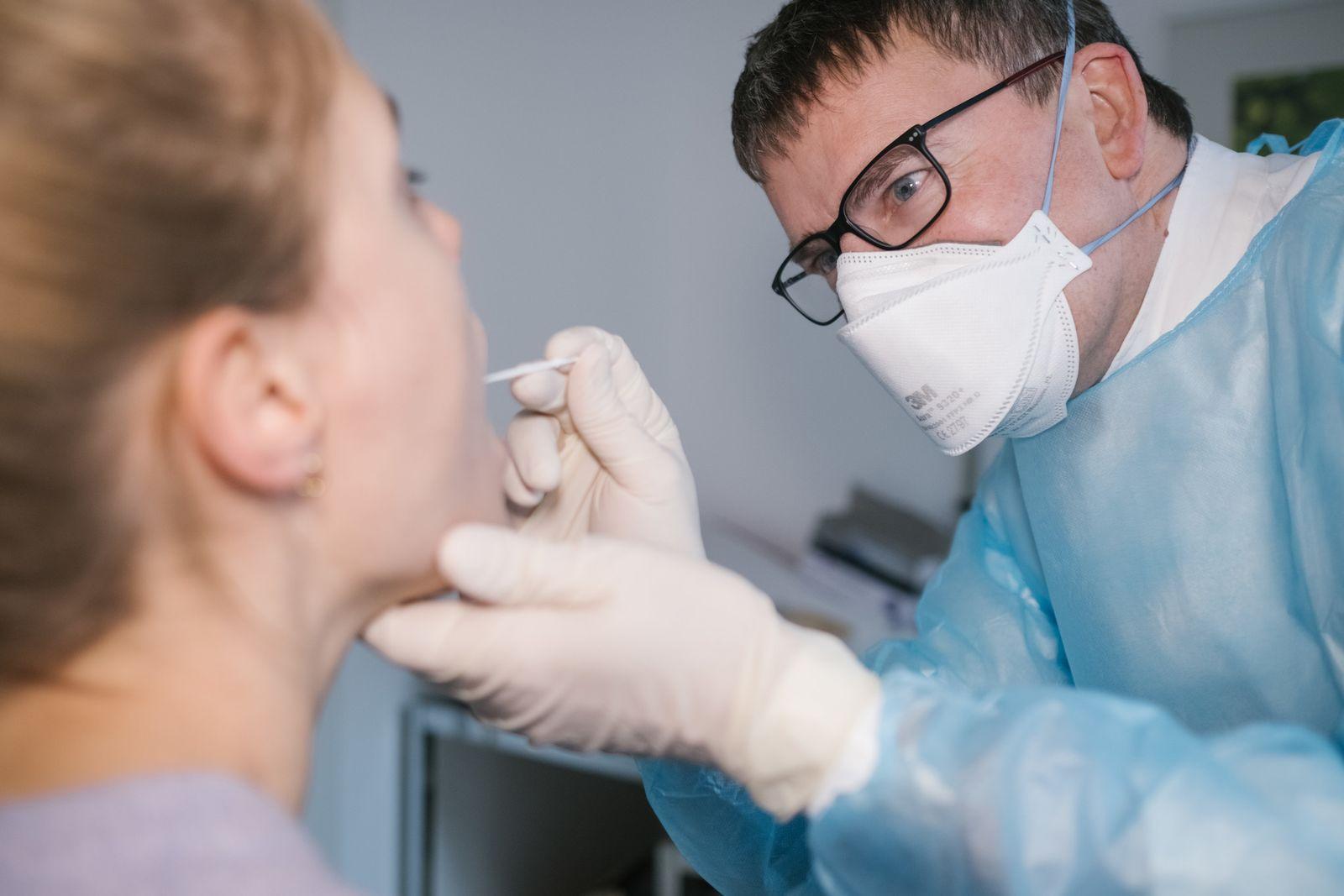 Coronavirus - Schnelltest beim Hausarzt