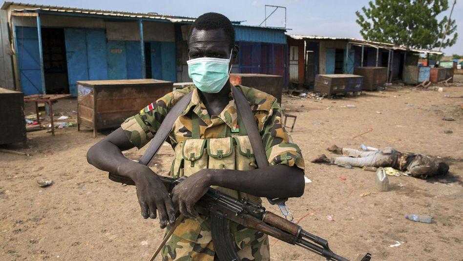 Rebellenkämpfer im Südsudan: Land am Abgrund