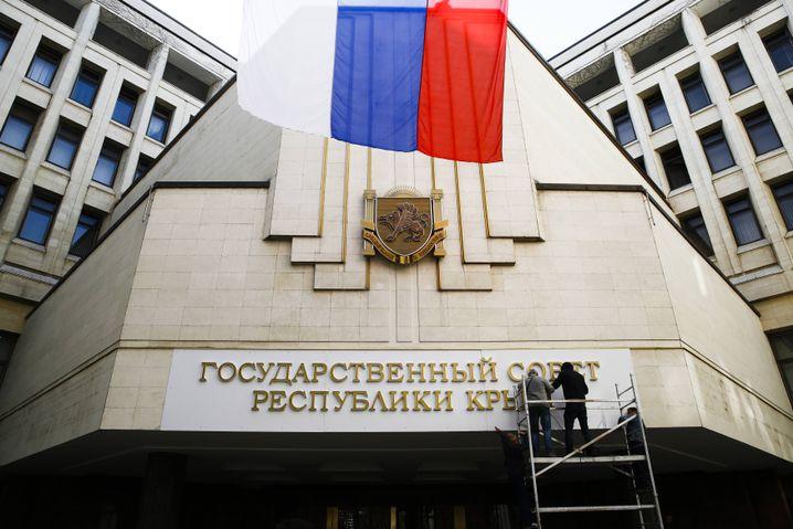 Parlamentsgebäude in Simferopol am 19. März 2014