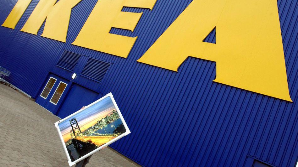 Allianz gegen den blau-gelben Riesen: Ikea-Mitarbeiter schließen sich zusammen